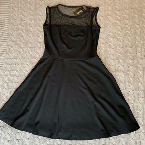 Black skater style dress 👗
